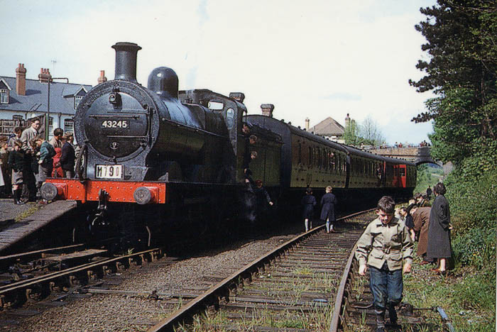 Hemel Hempstead railway station May 11th , 1957